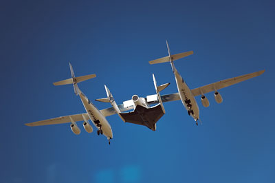 WhiteKnightTwo and SpaceShipTwo in flight (credit: Mark Greenberg)