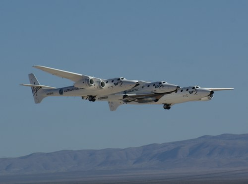 WK2/SS2 flyby at Spaceport America