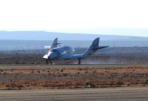 SS2 glide flight landing